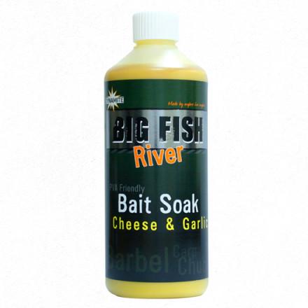 Аттрактант Dynamite Big Fish Bait Soak Cheese &Garlicl 500ml